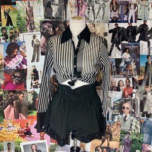 ✨3 for $35✨ Bebe Shirt
